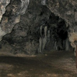 Montaña Chełmowa y la Cueva del rey Vladislao